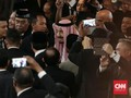 Sakit, Rizieq Shihab Batal 'Bertemu' Raja Salman di DPR