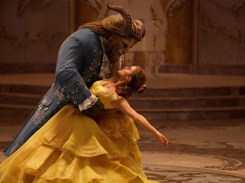 Foto: Tampannya Dan Stevens, Si Buruk Rupa di Beauty And The Beast
