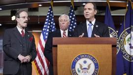 DPR AS Tuding Trump Tekan CIA-NSA Jelang Sidang Pemakzulan