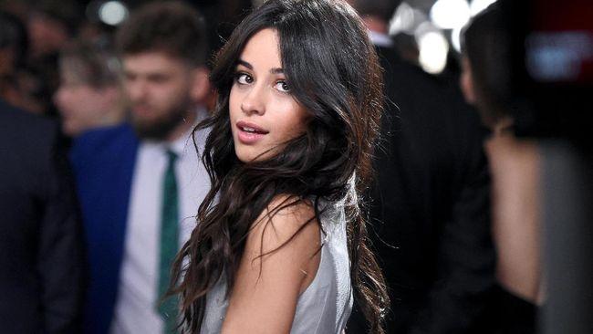 Camila Cabello Kesal Dirumorkan Hamil