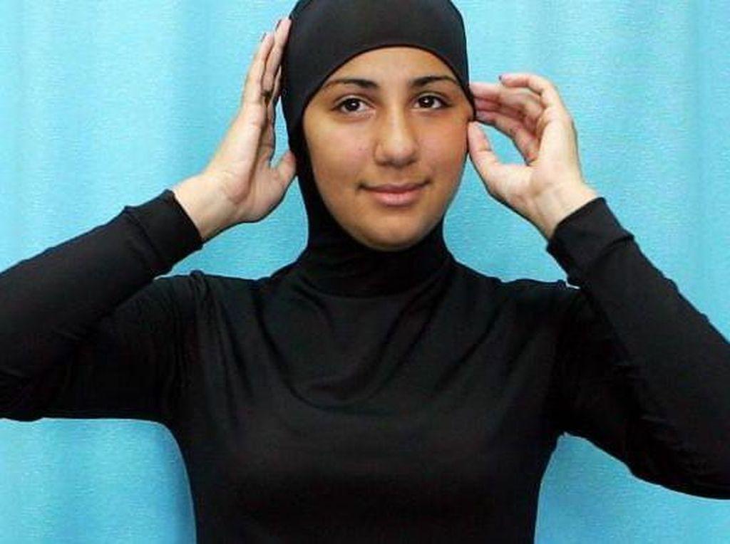 Duh, Hijabers Ini Didenda dan Diusir karena Renang Pakai Burkini di Dubai