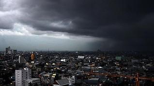 BMKG: Suhu Panas Ekstrem Lewat, Berganti Hujan Lebat