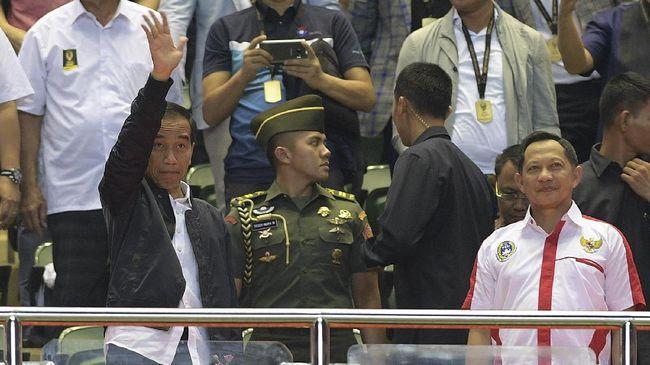 Jokowi Baru Sekali Absen dari Empat Final Piala Presiden