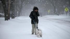 5 Pakaian Wajib Dibawa saat Berwisata Musim Dingin
