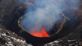 Ahli Vulkanologi: Ada Potensi Penularan Erupsi Gunung Api
