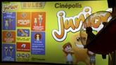 <p>Namun keberadaan bioskop ini pun mengundang kritik akibat keberadaan wahana seperti jungle gym yang dapat membahayakan anak, selain merusak cita rasa menonton film. (REUTERS/Mike Blake)</p>
