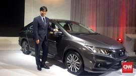 Kesan Pertama Coba-Coba Mini Sedan Honda