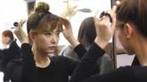 <p>Hong Hye-Jin (So-Ah) pun merasa percaya diri dengan penampilan barunya jelang rilis single baru SixBomb. (AFP PHOTO / JUNG Yeon-Je)</p>