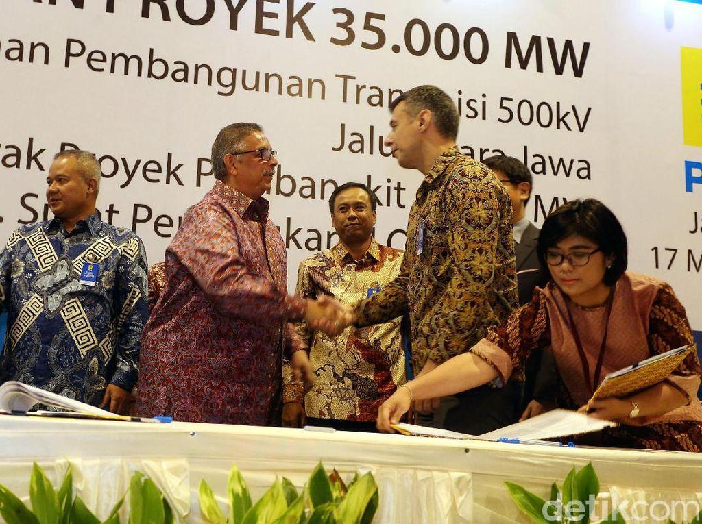 Direktur Utama PLN Sofyan Basir mengatakan, penandatanganan proyek tersebut sebagai upaya dalam rangka memenuhi kekurangan pasokan daya di daerah. Khususnya dengan menggantikan pembangkit BBM eksisting yang tidak efisien.