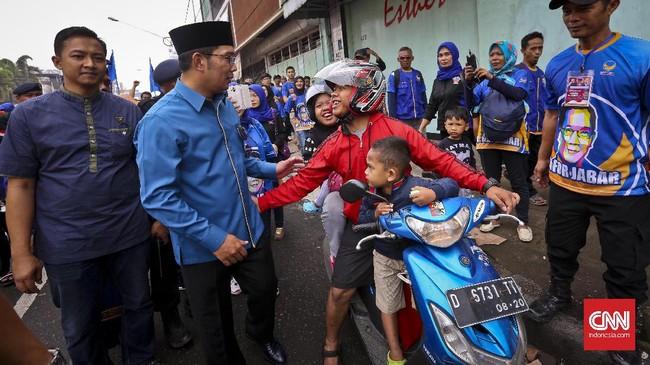 Ridwan Kamil merupakan tokoh pertamayang secara terang-terangan mendapatkan dukungan politik untuk maju ke Pilkada Jawa Barat tahun 2018. (CNN Indonesia/Adhi Wicaksono)