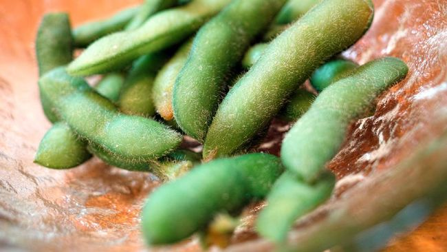 5 Manfaat Edamame sebagai Camilan Sehat