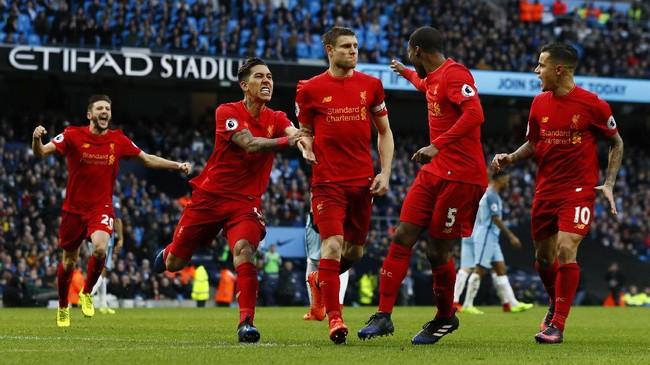 <p>James Milner yang dipercaya menjadi eksekutor dengan tenang membawa Liverpool memimpin setelah penaltinya mengecoh kiper Willy Caballero pada menit ke-51. Milner punya rekor 100 persen dari titik putih musim ini dengan tujuh penalti.(Reuters / Jason Cairnduff)</p>