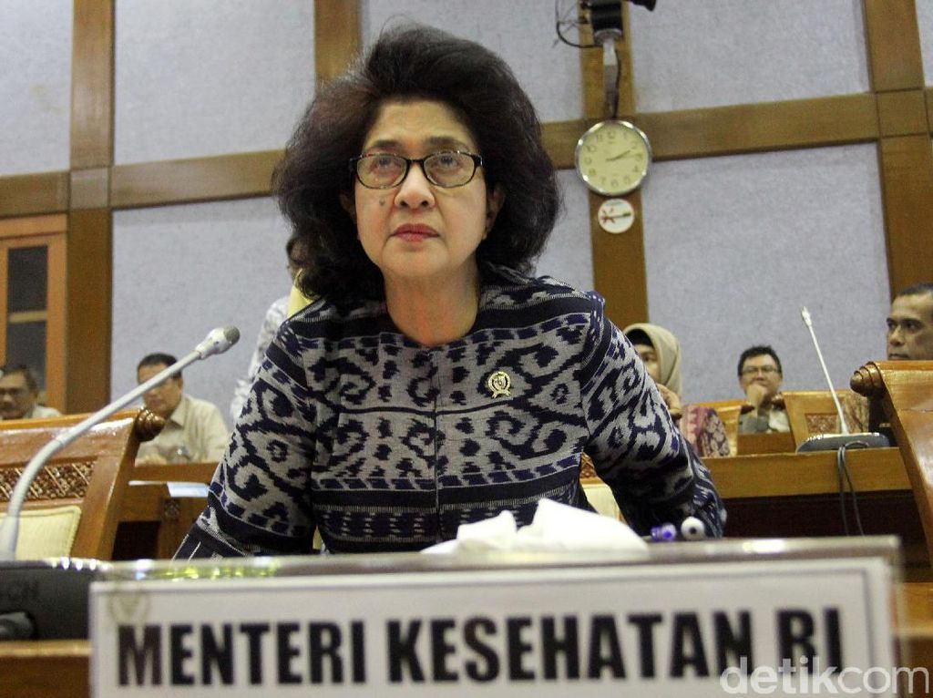 Rapat antara Menteri Kesehatan dan Komisi IX DPR membahaspersiapan pelayanan kesehatan haji tahun 2017.