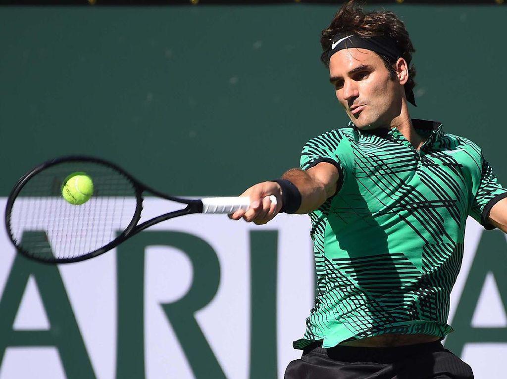 Dalam pertandingan di Indian Wells Tennis Garden yang selesai Senin (20/3/2017) pagi WIB, Federer menang 6-4, 7-5 atas Wawrinka. Jayne Kamin-Oncea-USA TODAY Sports.