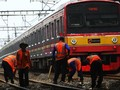 Polisi Ungkap Kronologi Kecelakaan KA-Minibus di Indramayu