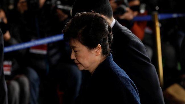 Park Izin Sakit, Sidang Kasus Korupsi Terus Berlanjut