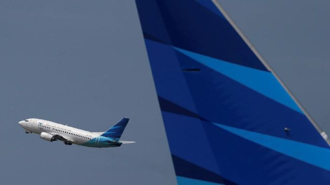 Garuda Butuh 2-3 Pekan Turunkan Tarif Tiket Pesawat