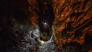Hampir Seribu Penambang Emas di Afsel Terjebak di Bawah Tanah