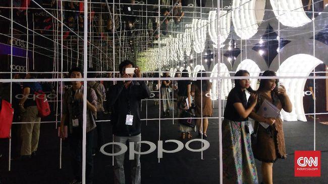 Maskot Oppo dan Vivo Senggolan, Penjual Tawuran