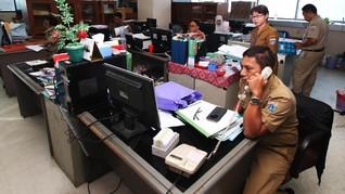 PNS DKI Bolos Usai Lebaran Tidak Dapat Tunjangan Sebulan