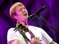 Justin Bieber Curhat Hidung Tersumbat di Tengah Konser