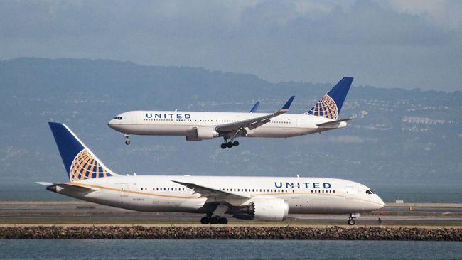 Pakai </i>Legging</i>, Dua Gadis Dilarang Masuk Pesawat AS