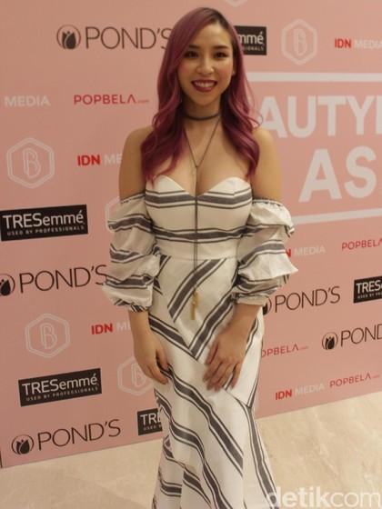 Cerita Tina Yong, Makeup Artist yang Sukses Jadi YouTuber Lewat Vlog
