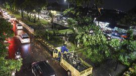 'Pemanasan' Musim Hujan, Waspadai Angin Kencang dan Petir