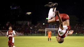 Lumat Persela, PSM Puncaki Klasemen Liga 1