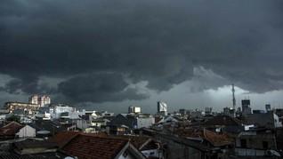BMKG: Waspada Potensi Hujan Lebat di Indonesia