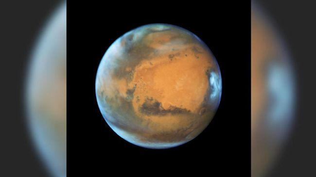 Warga Bisa Lihat Mars Saat Gerhana Bulan Total