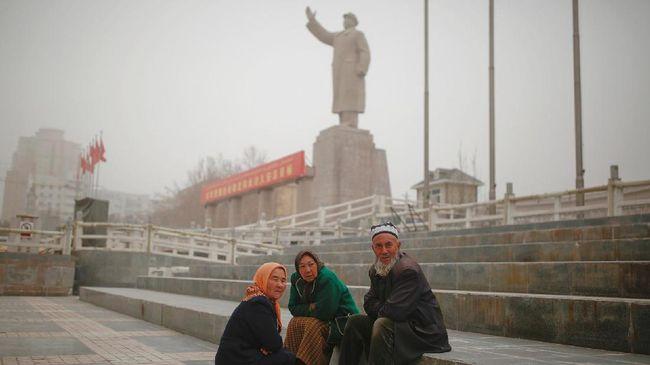 Tak Ada Riuh Riang Idul Fitri bagi Muslim Uighur di China