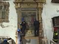 'Helm Biru' Selamatkan Benda Ratusan Tahun dari Gempa Italia
