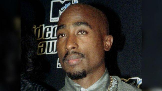 Tupac Shakur yang Makin Melegenda setelah Tiada