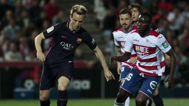 Bintang Barcelona Tertangkap Kamera 'Bully' Lawan