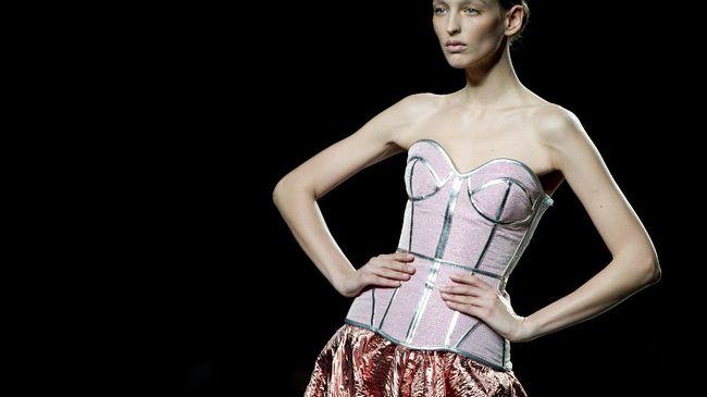 Pergeseran Korset, Dulu Pakaian Dalam Kini Luaran