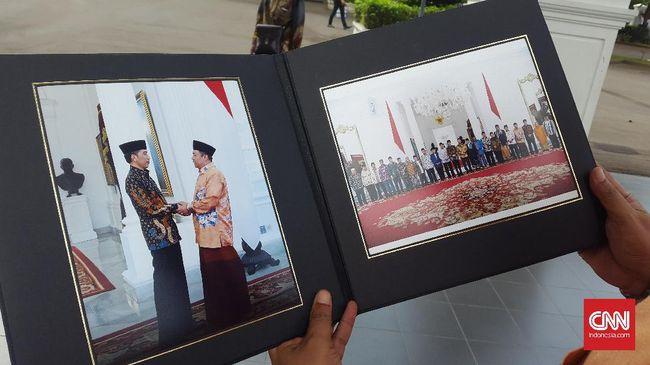Jasa Cetak Foto dan Album Gratis untuk Tamu Jokowi