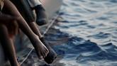 Para imigran tersebut tenggelam karena perahu karet yang mereka tumpangi kelebihan beban. DataOrganisasi Migrasi Internasional menyebut sebanyak 600 imigran tenggelam ketika berjuang menuju Italia lewat Laut Mediterania.