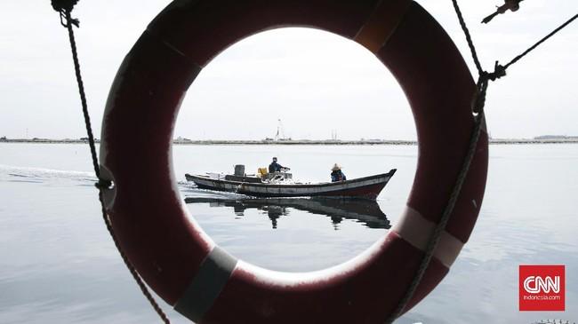 Walaupun pemerintah menetapkan Poros Maritim sebagai prioritas, namun dampak yang menguntungkan bagi nelayan dinilai relatif kecil. (CNN Indonesia/ Hesti Rika)