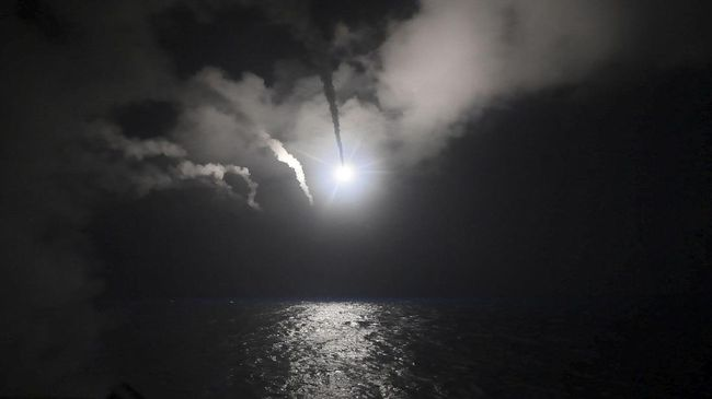 Israel Diduga Serang Dua Pangkalan Udara Suriah