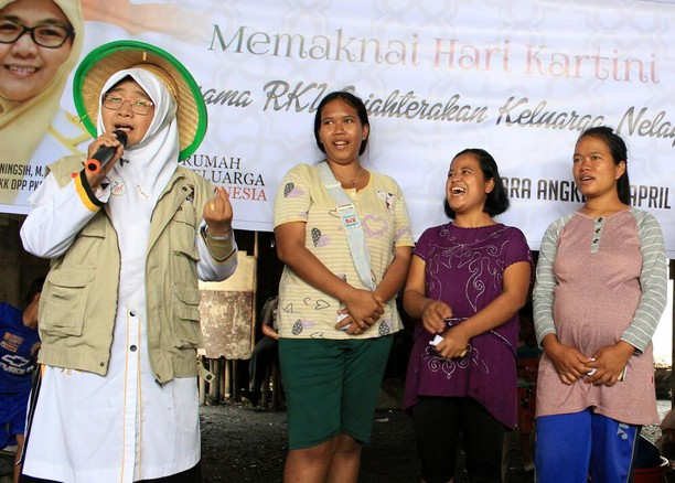 BPKK PKS Kunjungi Warga Muara Angke
