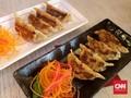 Mencicipi Jajanan Kaki Lima khas Jepang di Gyoza Bar