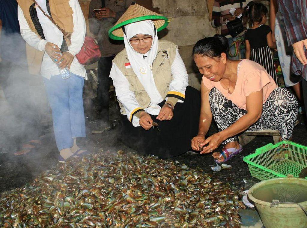 Tampak hadir Ibu Wirianingsih selaku Kabid BPKK DPP PKS, serta segenap jajaran pengurus BPKK DPP PKS. Pool/Humas DPP PKS.