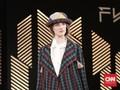 Mengintip di Balik Layar Aksi 'Lekat' di London Fashion Week