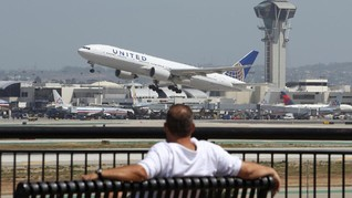 Kokpit Berasap, Boeing 787 United Airlines Mendarat Darurat