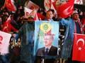 Pendukung Berpesta Rayakan Kemenangan Erdogan dan AKP