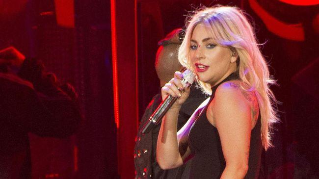 Lady Gaga Tunda Album dan Gagal Buat Kejutan di Coachella