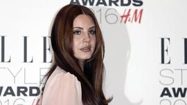 Lana Del Rey Buat Pembelaan Bakal Tampil di Israel