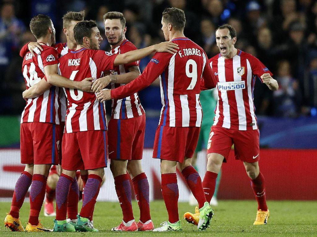 Para pemain Atletico Madrid merayakan gol. Hasil imbang ini mengantarkan Atletico ke semifinal Liga Champions. Darren Staples/Reuters.