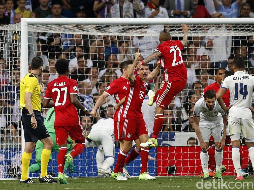 Sergio Ramos melakukan gol bunuh diri di menit ke-78. Susana Vera/Reuters.